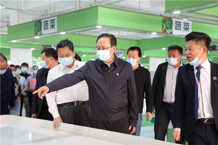 """长晟农贸市场调研爱国卫生""""七个专项行动""""工作落实情况"""